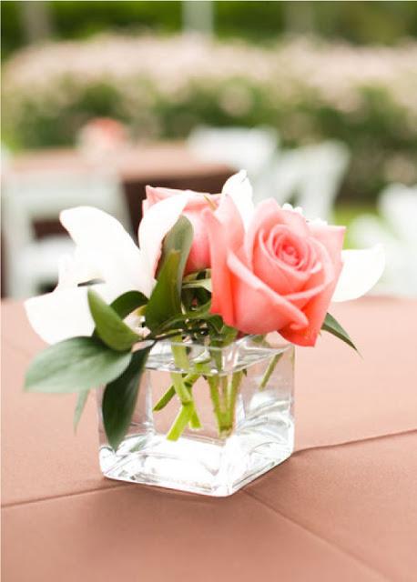 Small modern floral design using premium European glass